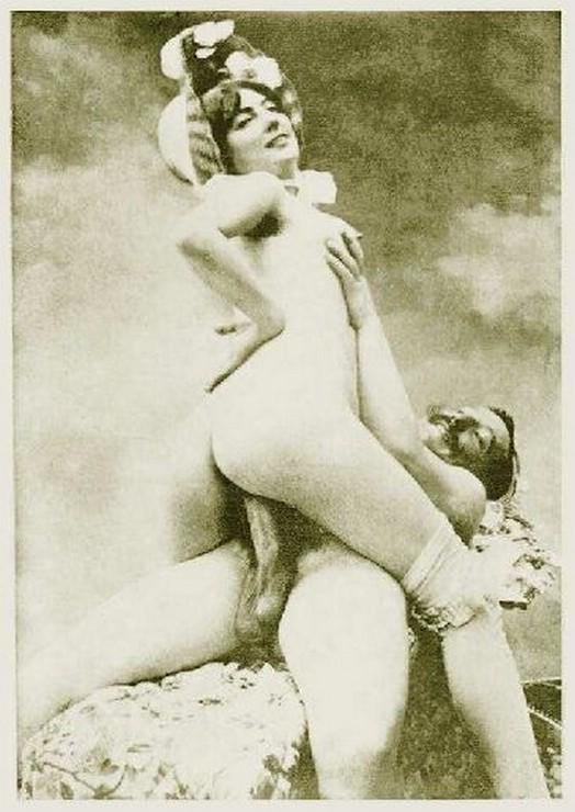 obnovlyaemiy-katalog-retro-porno-foto
