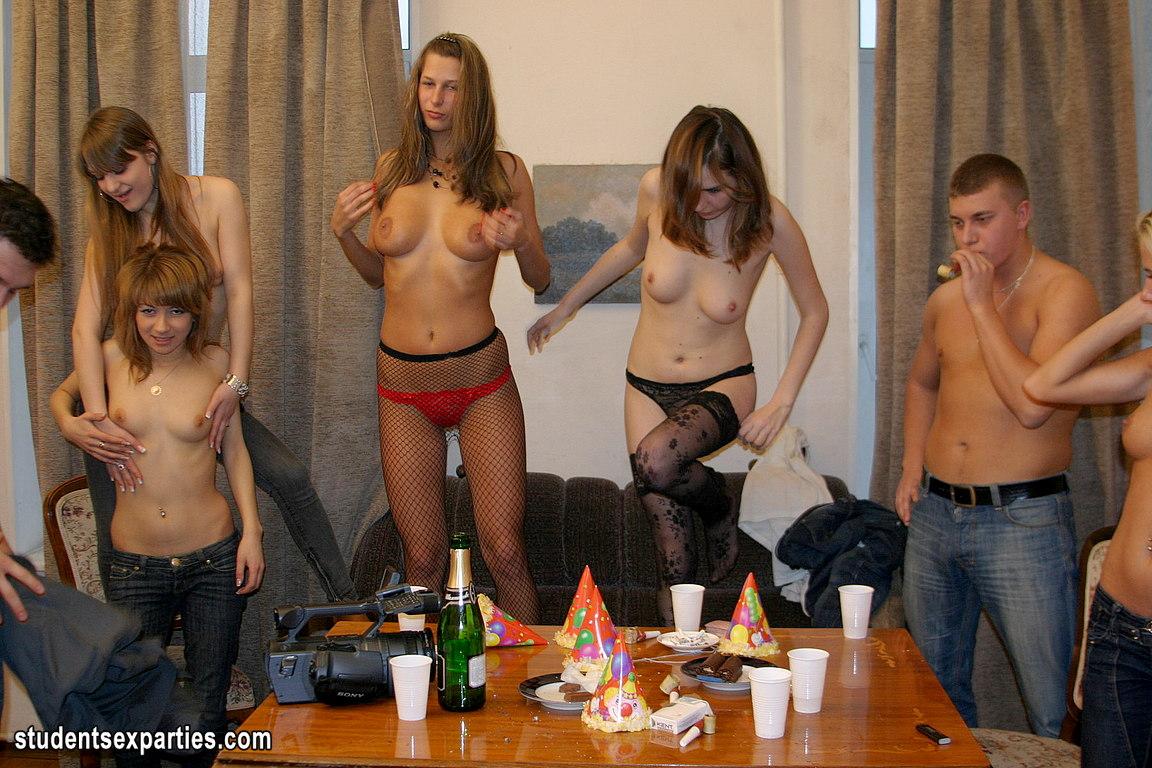 пьяные в общаге фото