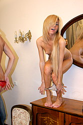 Blonde performs strip at the stud party