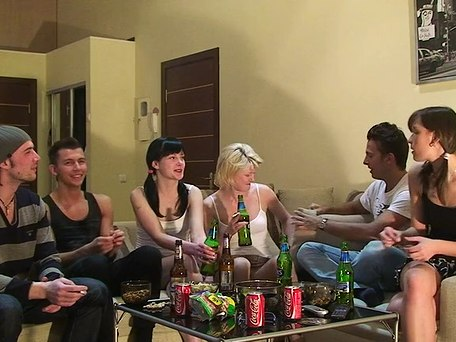 sexy college girls fuck with horny studs